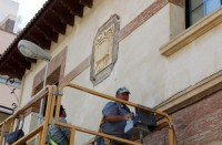 Jumilla removes Francoist coats of arms from local schools