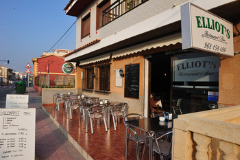 Elliots Restaurant and Bar Bolnuevo