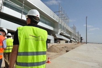 Murcia municipality suspends Corvera airport staff training programme.