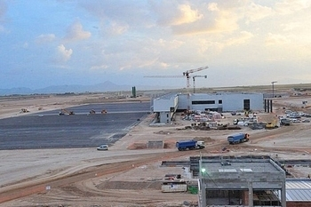 <span style='color:#780948'>ARCHIVED</span> - President Valcárcel says San Javier will close when Corvera airport opens