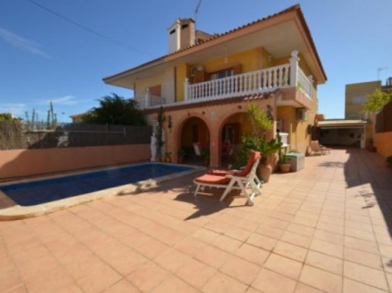 <span style=font-weight:300;font-family:lato;color:#0083c1;>€189950  </span>Villa for For Sale Los Nietos - <span style=color:#036;font-size:16px;font-family:roboto>Just Murcia Property</span>