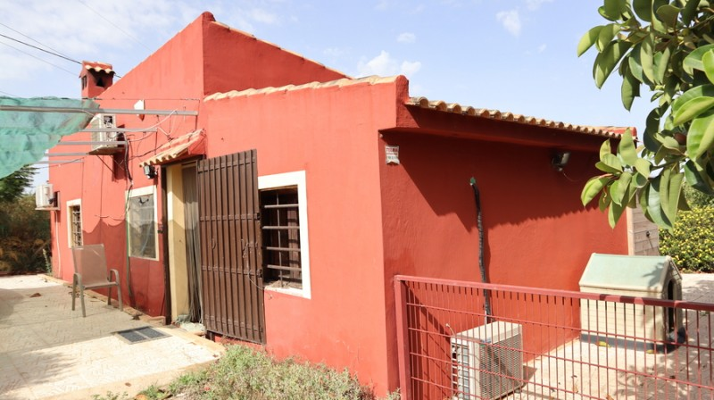 <span style=font-weight:300;font-family:lato;color:#0083c1;>€130000  </span>Farmhouses for For Sale Cartagena - <span style=color:#036;font-size:16px;font-family:roboto>Filbee's Real Estate</span>