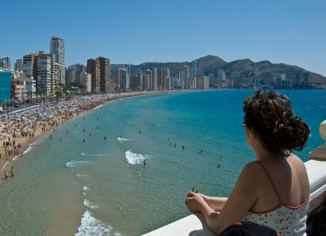 Will Spanish tourism gain by regulating private holiday property rentals