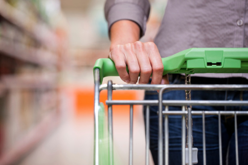 Frequent scams used by supermarket handbag thieves
