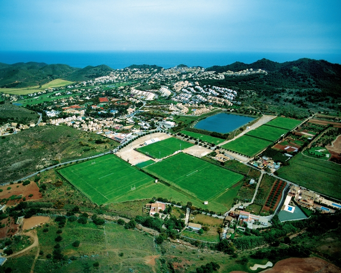 2000 Lawyers from 38 nations descend on La Manga Club for Football World Cup