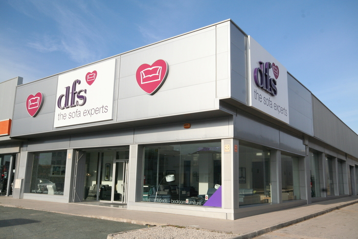 DFS Britain's leading sofa expert has opened a store on Spanish soil